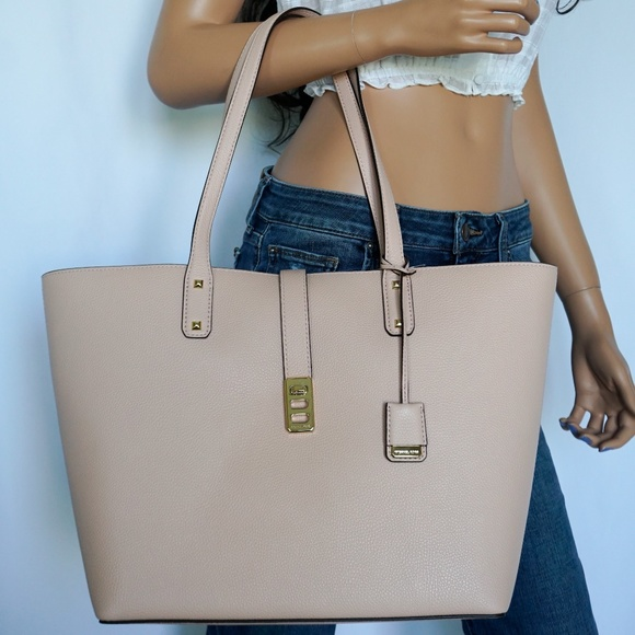 09daba292a27 Michael Kors Bags | Karson Lg Leather Tote Pastel Pink | Poshmark